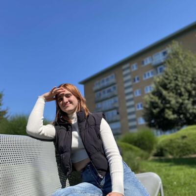 Selina zoekt een Kamer / Appartement / Studio in Antwerpen